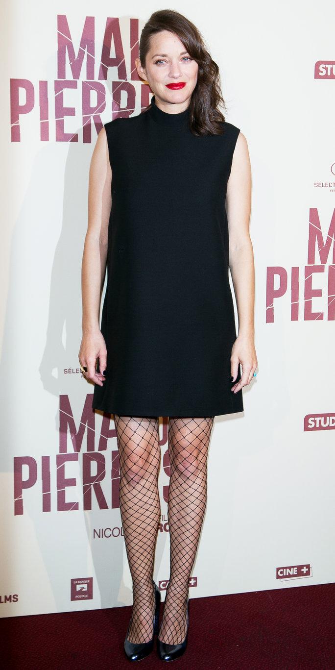 3f35c16adcbf2 PARIS, FRANCE - OCTOBER 10: Actress Marion Cotillard attends the 'Mal de  Pierres