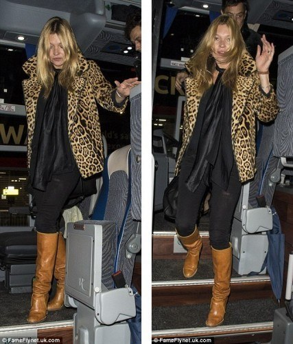 Kate-Moss-steps-out-in-leopard-print-coat-after-party-night-01