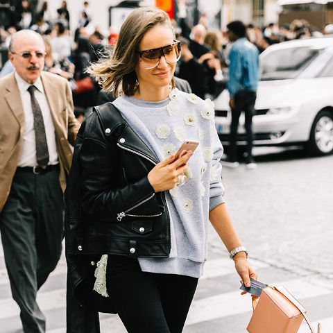 Fashion People Won't Stop Wearing This Surprising Jean Trend