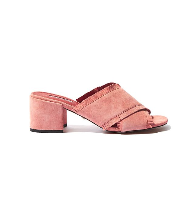 French girl wardrobe - Topshop Nancy Fringe Mules