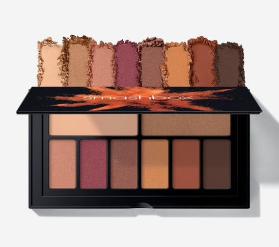 The Smashbox Cover Shot Palette in Ablaze is one of the best eyeshadow palettes!
