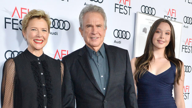 Annette Bening And Warren Beatty S Teenage Daughter Elle