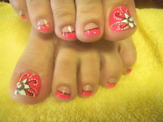 Cute toe nail Designs